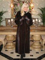 Stately Beauty Natural Mahogany Fully Let Out Female Mink Coat