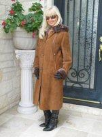 Cinnamon Statement Hooded Spanish Merino Shearling Coat